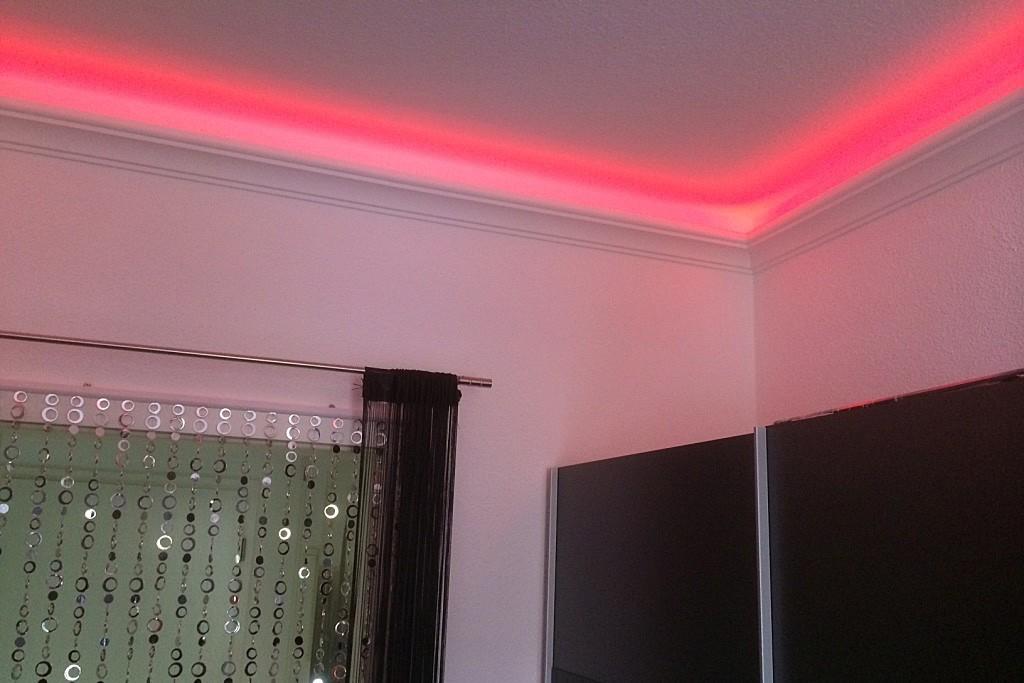 stuckleiste dbkl 82 st f r indirekte led beleuchtung. Black Bedroom Furniture Sets. Home Design Ideas