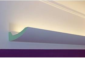 """LED Lichtovuten """"DBKL-95-PR"""" für die indirekte Deckenbeleuchtung aus Hartschaum."""