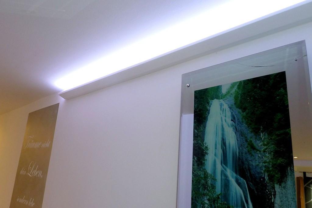 stuckleiste dbml 70 st f r indirekte led beleuchtung. Black Bedroom Furniture Sets. Home Design Ideas