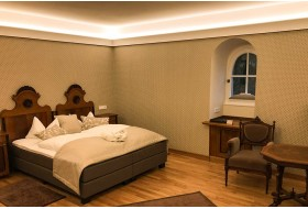 "Stucco for indirect lighting - ""WDKL-85B-PR"""