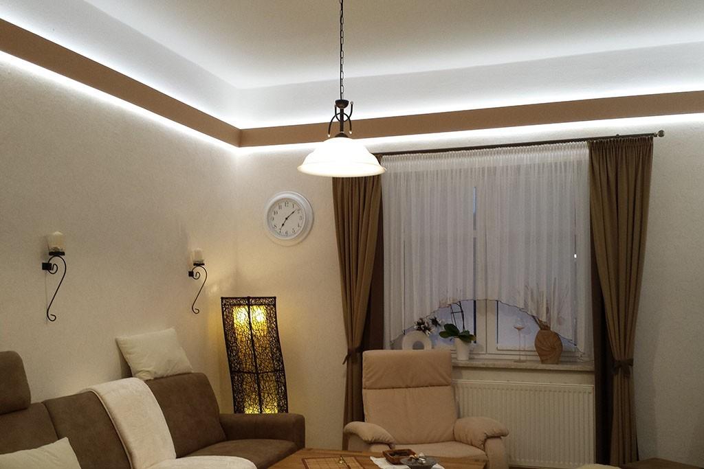 modernes stuckprofil f r die beleuchtung wand und decke wdml 65b st. Black Bedroom Furniture Sets. Home Design Ideas