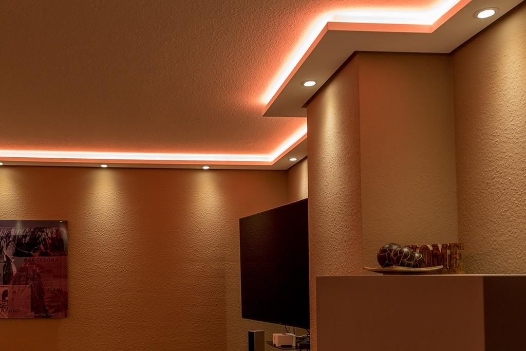 Stuckleisten für indirekte Beleuchtung Wand und Decke \