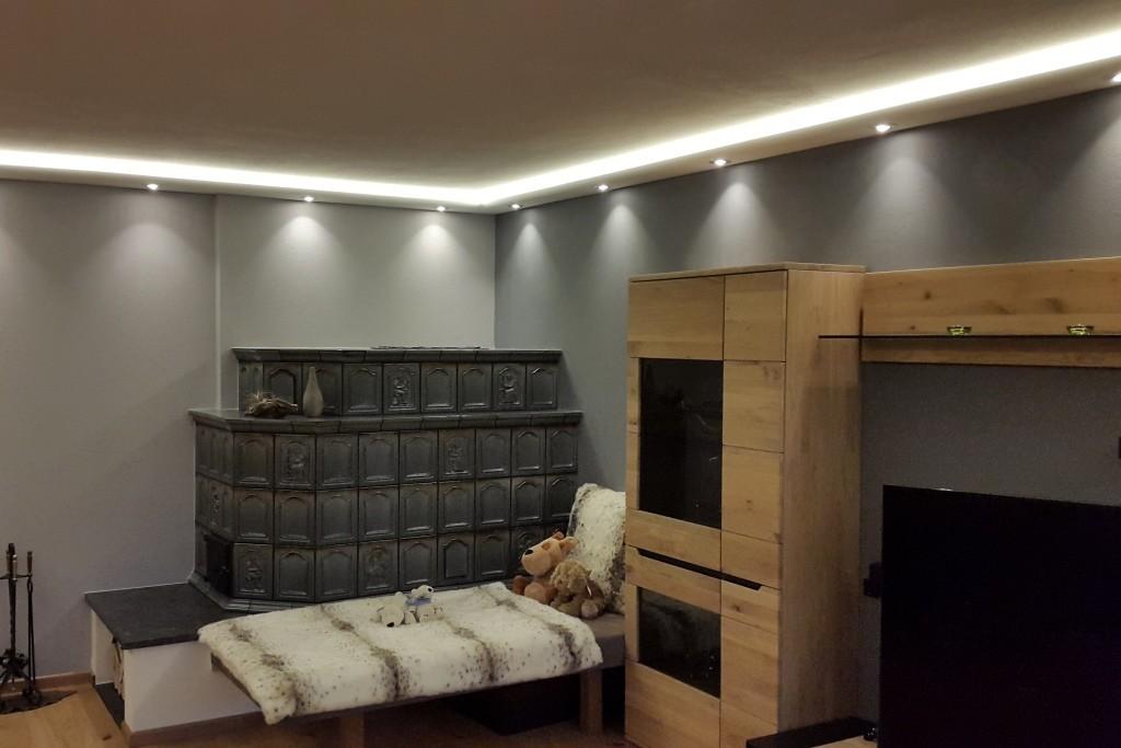 """Stuckleisten für indirekte LED Beleuchtung Wand und Decke """"WDKL-200A-PR"""""""