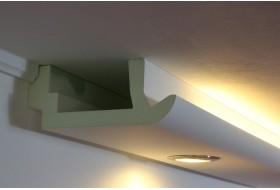 """Moderne LED Stuckleisten """"WDKL-200A-PR"""" aus Hartschaum für direktes und indirektes Licht an Wand und Decke."""