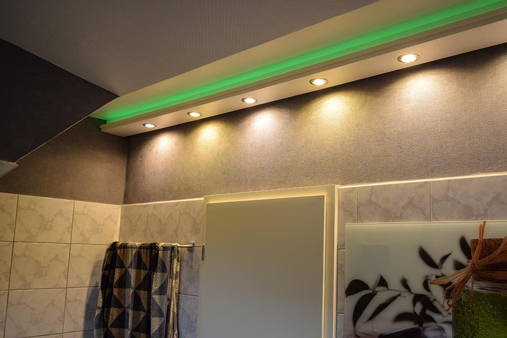 """LED Stuckleiste für indirekte Beleuchtung Wand und Decke """"WDML-200C-ST"""""""