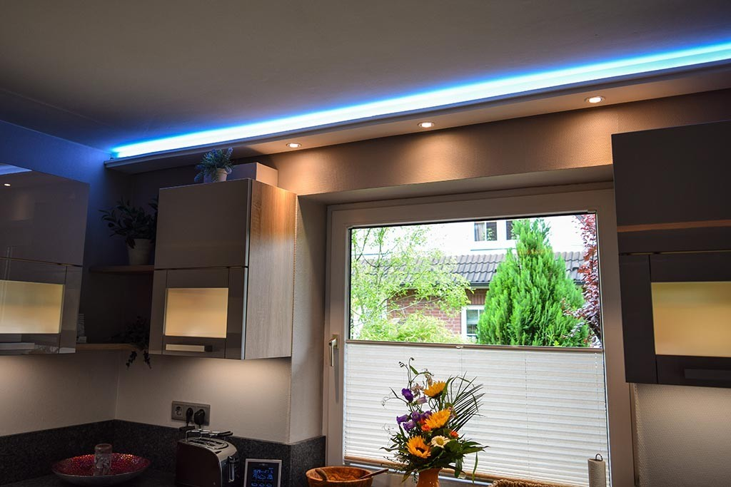 led stuckleiste wdml 200c st f r indirekte beleuchtung wand u decke. Black Bedroom Furniture Sets. Home Design Ideas
