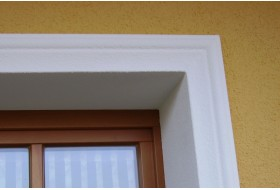 """Beispiel 1 - Fensterumrahmung """"FAKL-80-ST"""" als Fensterumrahmung für Fenster und Türen."""