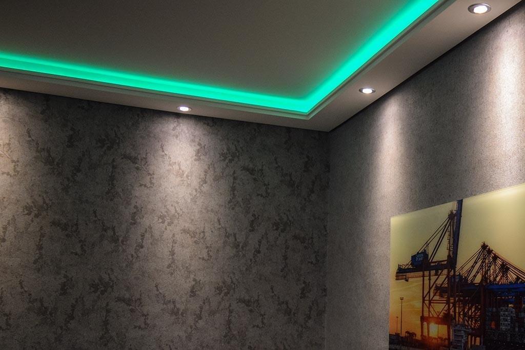 led band wohnzimmer finest lesen stcke led ring lampe moderne led streifen anhnger lichter fr. Black Bedroom Furniture Sets. Home Design Ideas