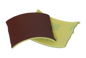 Schleifleinen mit weichem Schaumstoffrücken zum Verschleifen der Stöße.