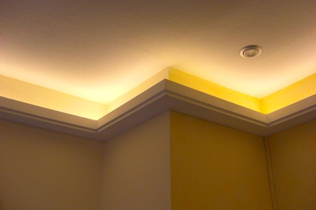 """Lichtvoute """"DBML-100-ST"""" Für Indirekte LED Beleuchtung"""