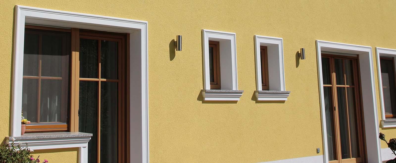 Fensterfaschen zur Umrahmung von Fester und Türen hier online kaufen.