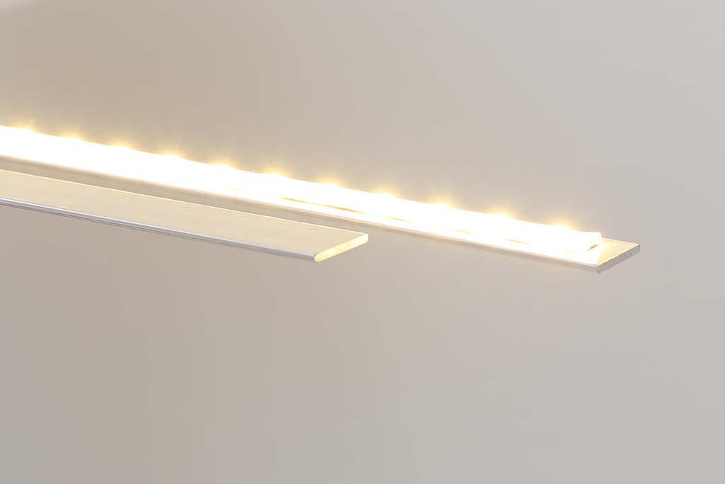 Aluminium-Kühlprofile für LED Stripes bei der indirekten Beleuchtung der Decke.
