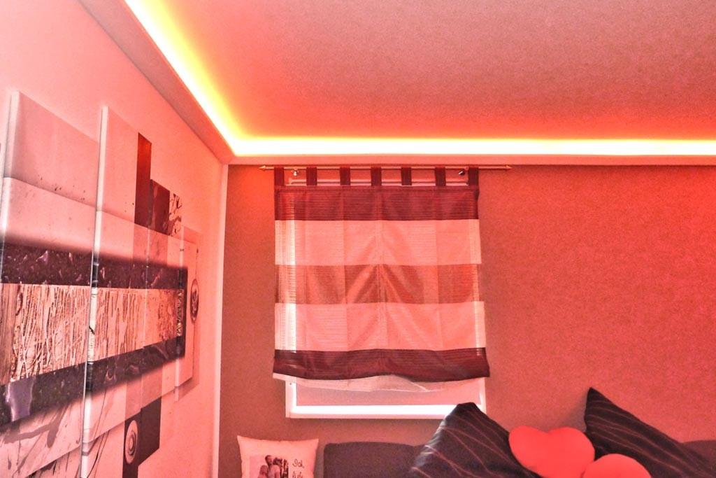 Indirekte Beleuchtung im Schlafzimmer - schöne Ideen   BENDU